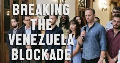 """""""Regime Change Begins at Home"""" – Max Blumenthal Speaks in Venezuelan Presidential Palace"""
