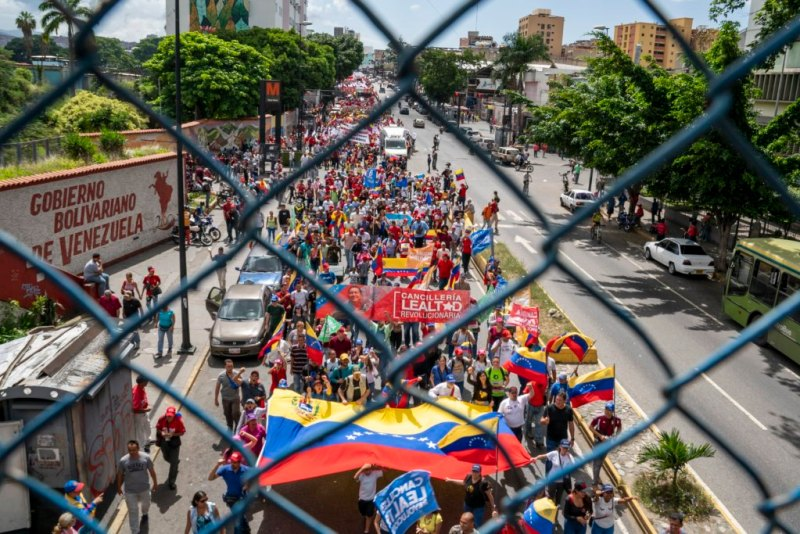 Venezuela-no-more-Trump-protest-fence.jpg