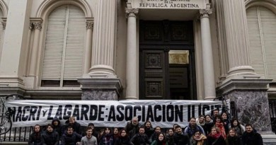 Argentina Social Leader Files Suit Against Macri for IMF Deal
