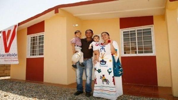 Venezuela: Despite US Sanctions Maduro Delivers House Number 2.8 Million