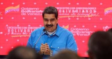 Maduro Driving in Caracas - He Stopped and This is What They Told Him (Video)