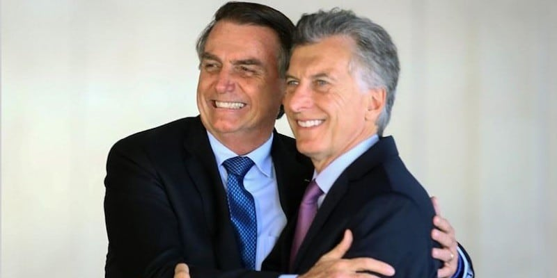 """Bolsonaro Regrets Fernández's Victory: Argentina """"Chose Badly"""" (How Can One Use Emojis in Headlines?"""