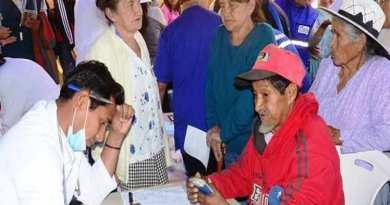 Hitting at Cuban Doctors and at Human Solidarity