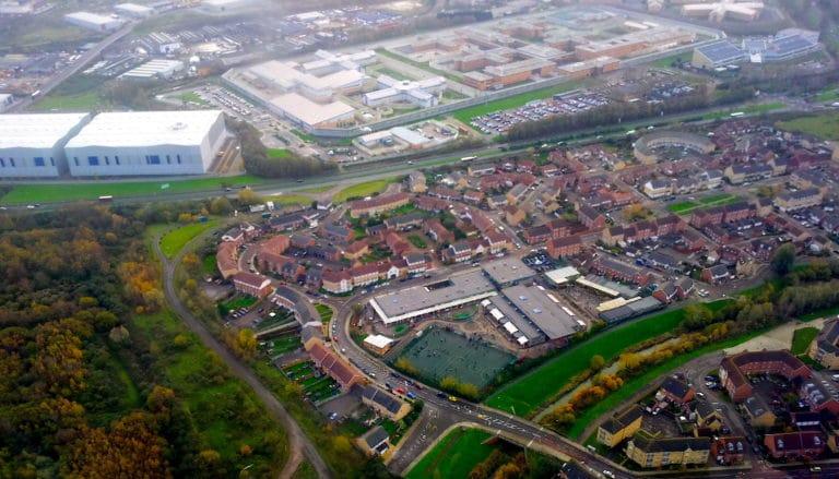 London_Thamesmead_West_-_Belmarsh_Prison_aerial_view-768x439.jpg