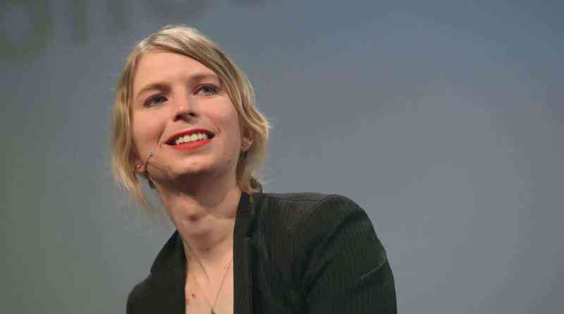Here Are Five Ways to Support Chelsea Manning in 2020