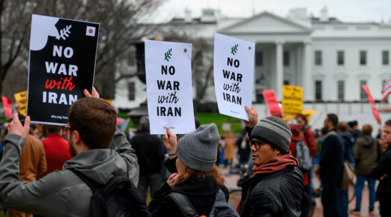 "US: Thousands Take to Streets in More Than 70 Cities Across US to Protest Trump's ""Reckless Acts of War"" Against Iran (+UK)"
