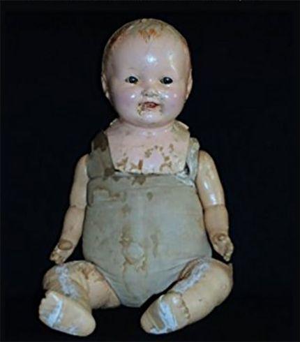 poupées hantées
