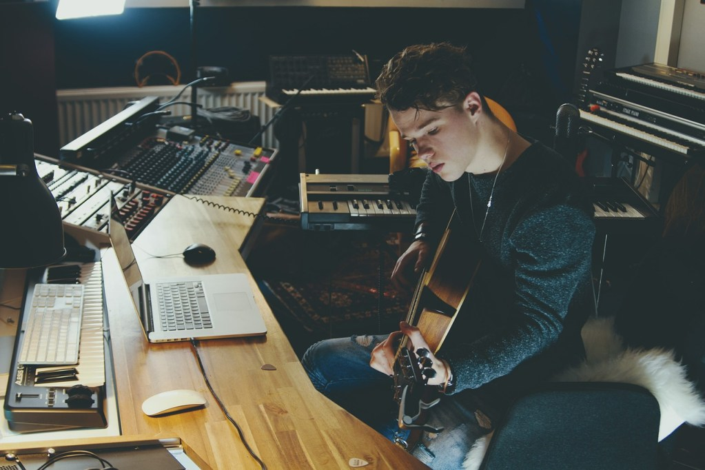 curacion de contenido musica bandas