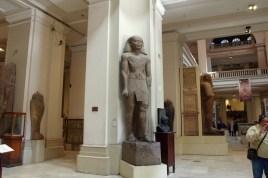 カイロ博物館、カイロの中心地にあります。現在とてつもなくでかい新博物館をギザのピラミッド近くに建設中。