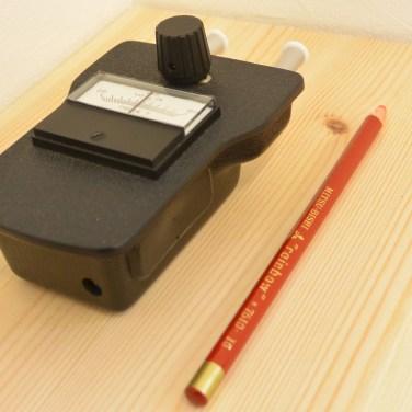 デルタ-Tは体表温度の検査機器として使用しています。