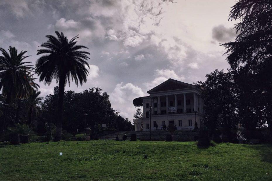 Le ville nobiliari romane, Villa Torlonia