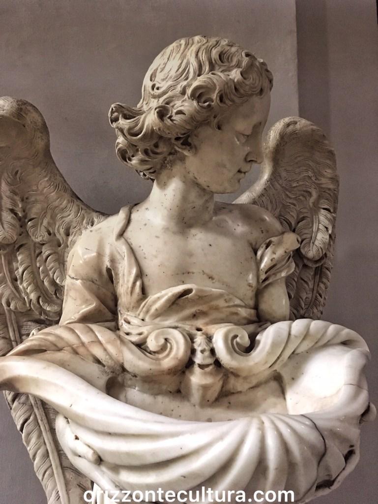 Acquasantiera nella Basilica di Santa Maria degli Angeli, Terme di Diocleziano Roma