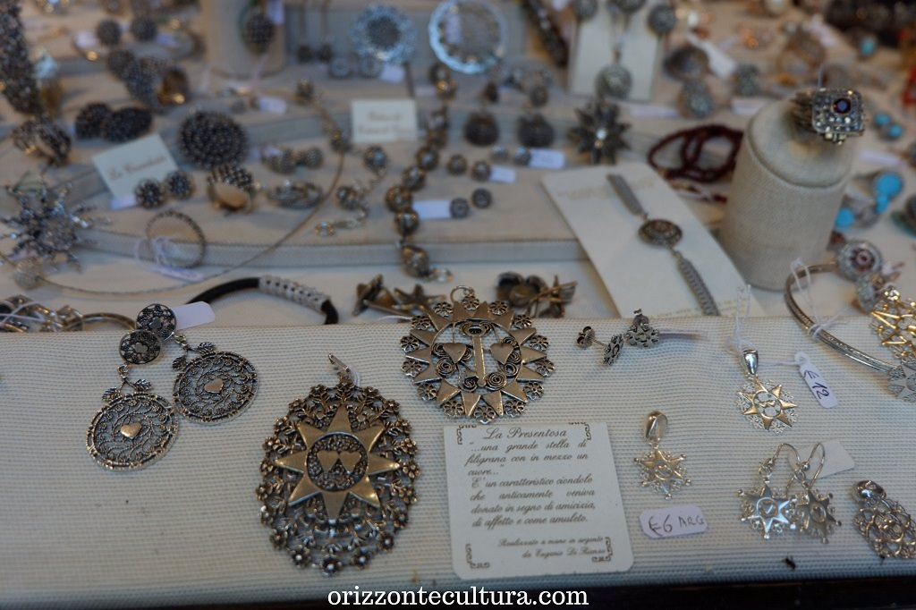 La Presentosa, gioiello in filigrana tipico di Scanno