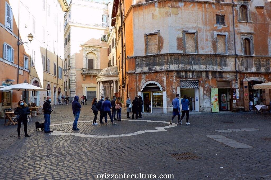 Piazza delle Cinque Scole, Roma