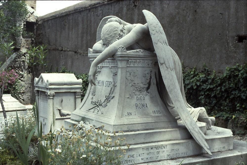Cimitero Acattolico, Angelo del dolore