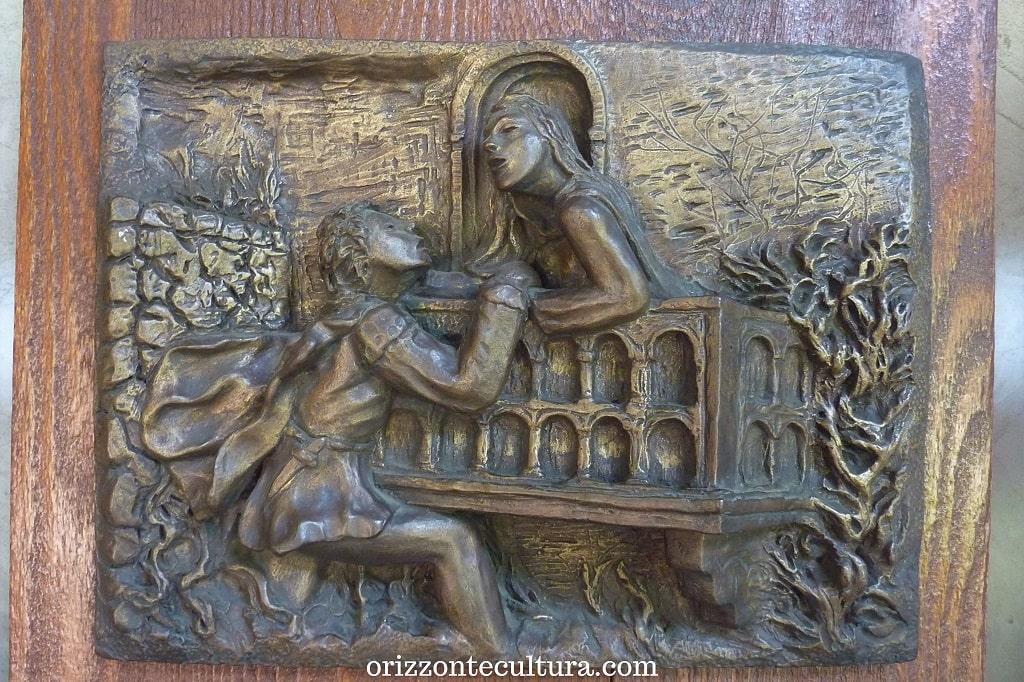 Romeo e Giulietta tra storia e leggenda, dettaglio formella decorativa