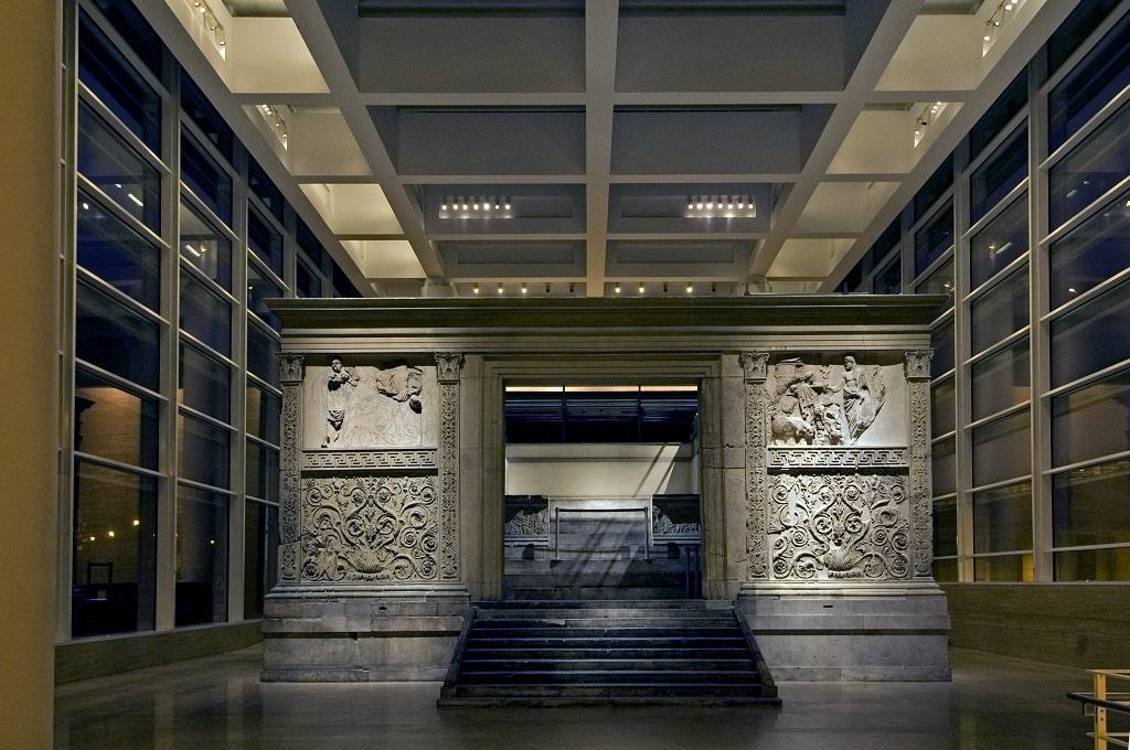 Museo Ara Pacis di notte