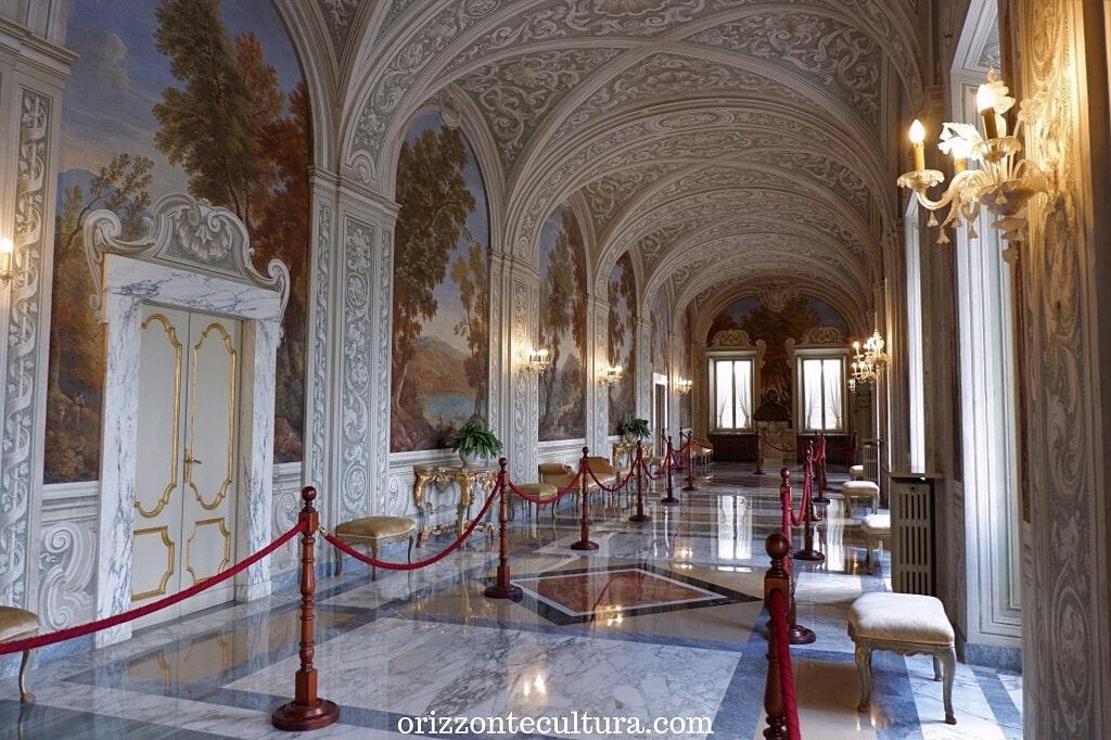 Corridoio affrescato del Palazzo Apostolico, cosa vedere nelle Ville Pontificie di Castel Gandolfo