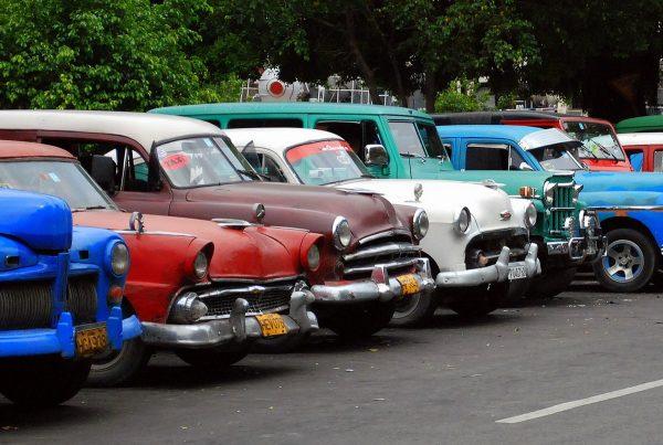 vecchie auto americane a Cuba