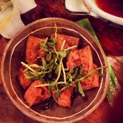 Tofu fritto all'aglio… pessimo per la socialità ma buonissimo