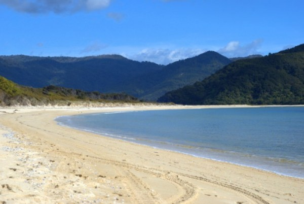 Hiking in Abel Tasman in september