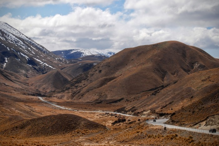 Driving in New Zealand: Lindis Pass
