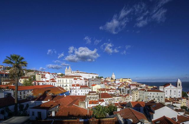 Lisbona - foto di Marius Kluzniak