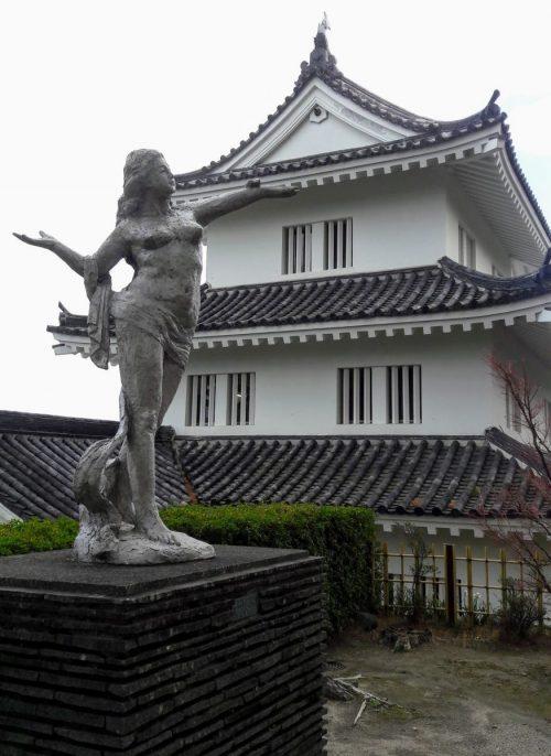 Statue by Kitamura Seibo