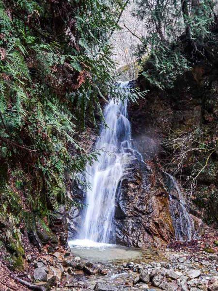 Una delle due cascate lungo il percorso fra Magome e Tsumago