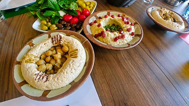 Hummus e Labneh