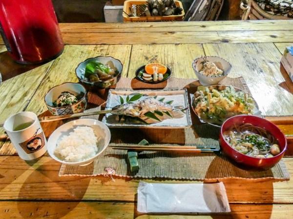 Minshuku dinner, Boke Noen, Iya Valley