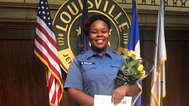Officers in Breonna Taylor Case Escape Indictment