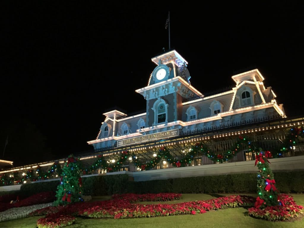 Disney World Visitor Guide — What To Do During The Holidays