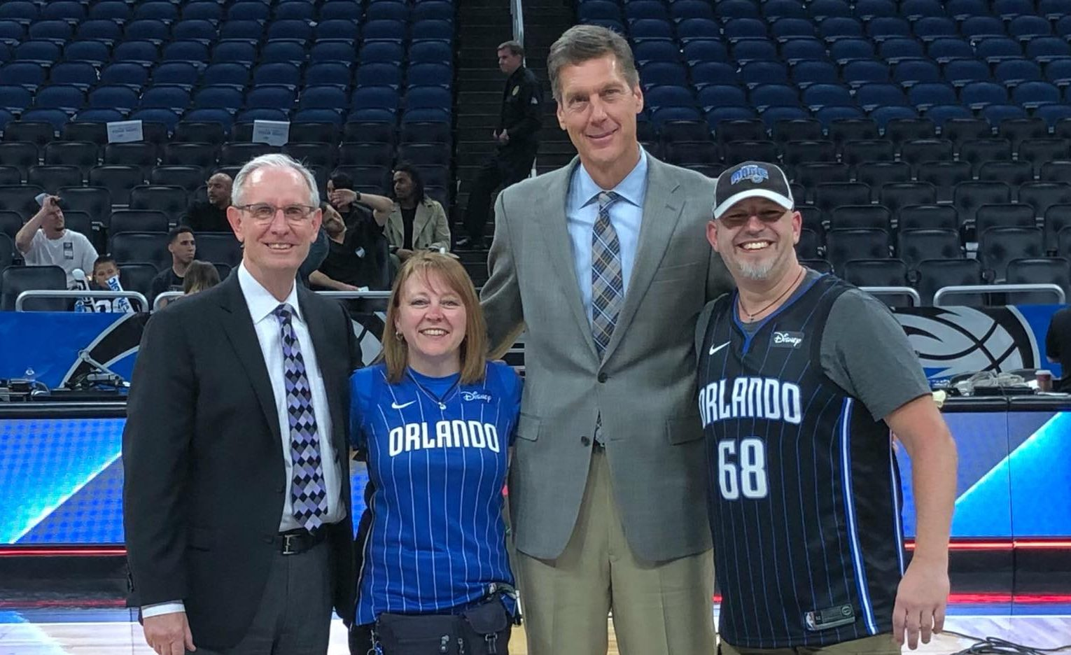 Read more about the article DAVID STEELE INAUGURATED INTO THE ORLANDO MAGIC HALL OF FAME