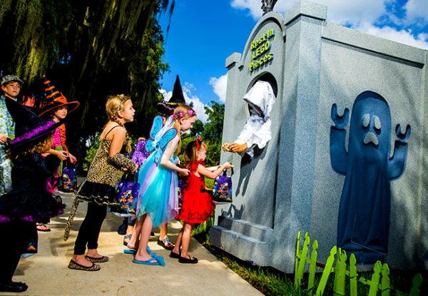 Legoland Florida Brick or Treat: image of kids dressed in Halloween costumes trick or treating