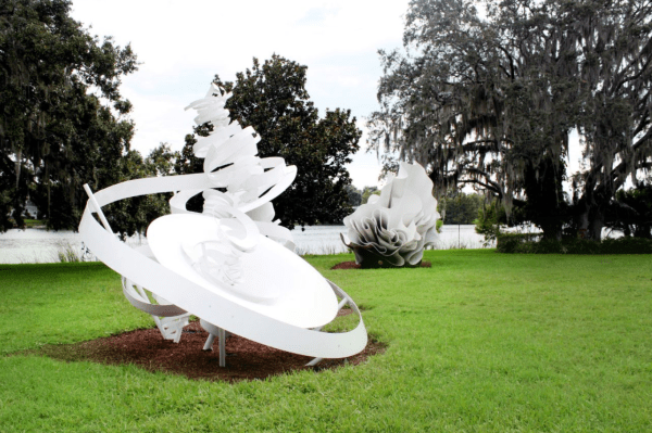 Free museum days Orlando: image of the lakeside sculptures at Mennello Museum of Art