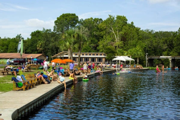 Central Florida Springs: image of people lounging at Wekiva Island