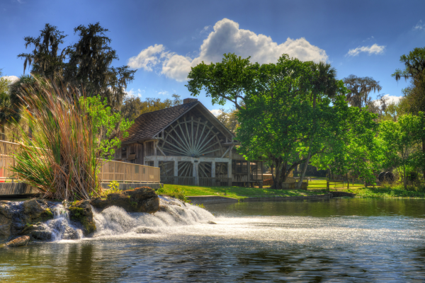 Free & cheap things to do in Volusia County: image of Old Spanish Sugar Mill Grill & Griddle House at DeLeon Springs State Park