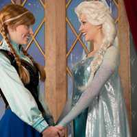 Anna and Elsa to Debut New Frozen 2 Costumes at Royal Sommerhus in Epcot on 22nd November