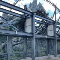 More Construction Walls Around Jurassic World VelociCoaster Taken Down
