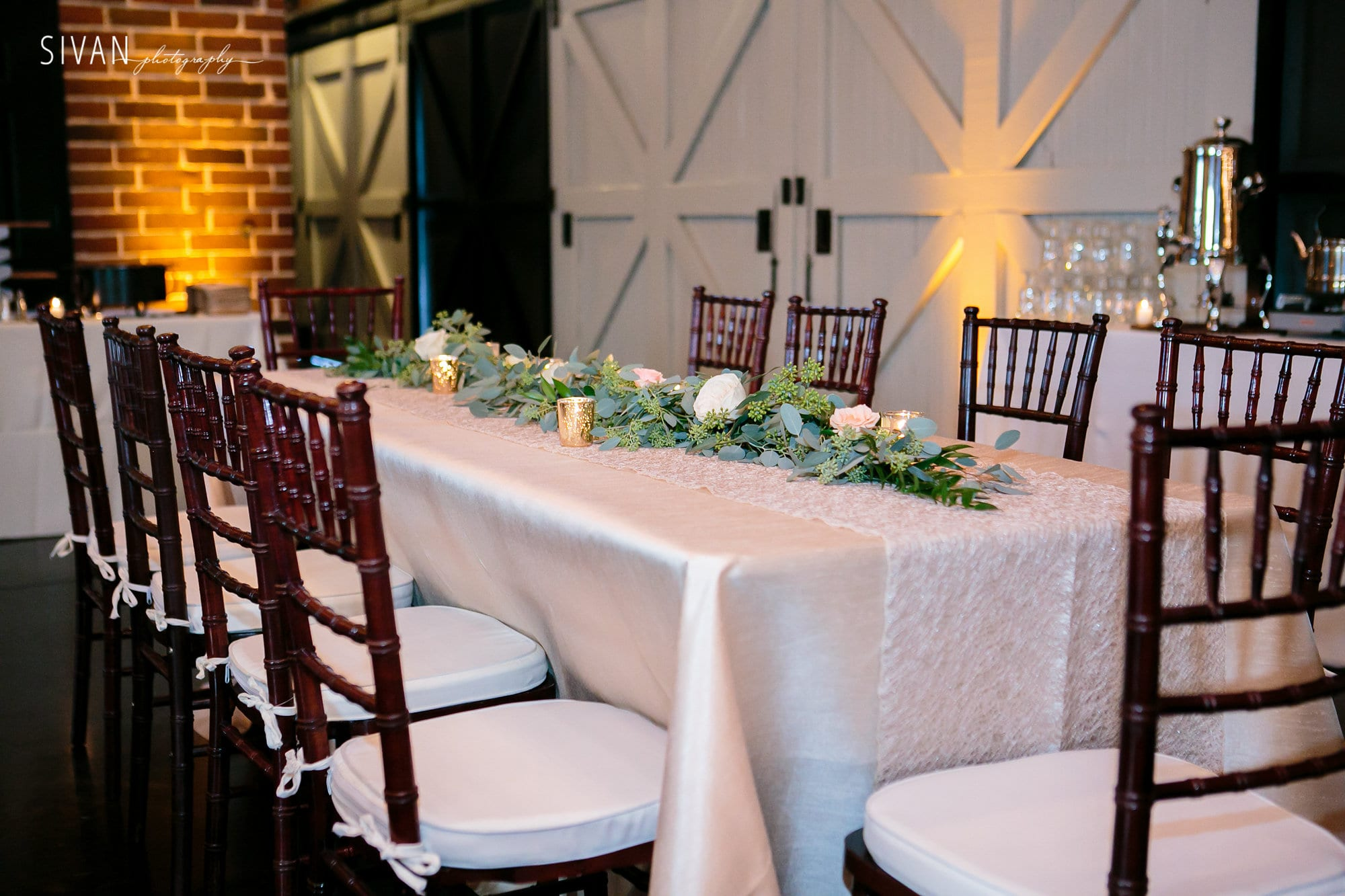 chiavari chairs wedding white folding chair covers for sale mahogany orlando and party rentals