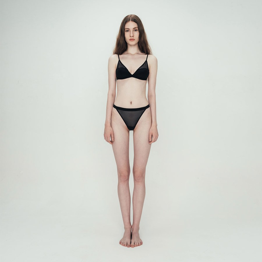 variable| Triangle Soft-Cup Bra Set | Black