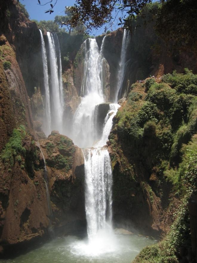 Andare per cascate in Marocco  Oro del deserto tour