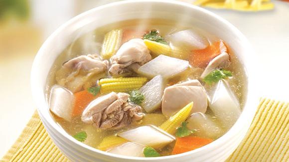 白蘿蔔雞湯