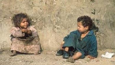 إذا كان لنا أقارب فقراء: أب أو أم أو أخت أو ما اشبه، فهل نعطيهم من العشور؟