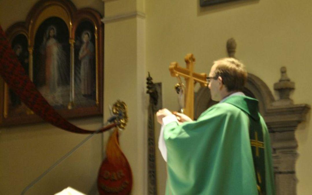 Wspólnotowa Eucharystia i impresje okołomszalne
