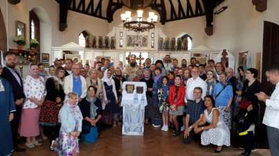 Clergy and faithful at the tenth anniversary of the St Elisabeth Parish.