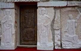 Wyrafinowane płaskorzeźby autorstwa rzeźbiarzy ze wschodniej Serbii