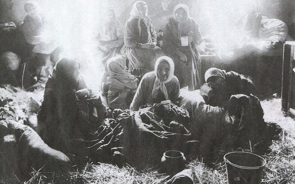 Odpoczynek bieżeńców w Nowoświęcianach - 1915 r.