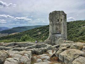 Pozostałości po średniowiecznej wieży